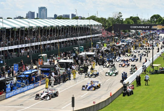 Race chairman Bud Denker said 95,000 fans stepped on Belle Isle to watch Detroit Grand Prix doubleheader this weekend, 10,000 less than last year due to Saturday's inclement weather.
