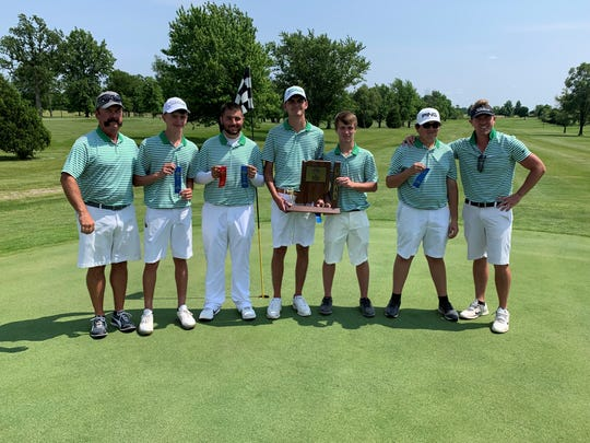 Yorktown poses on the ninth green after winning the sectional championship Monday at Hickory Hills.