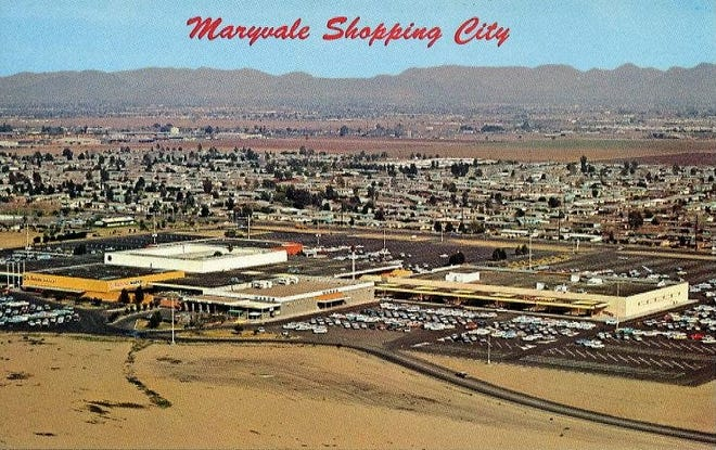 Maryvale Shopping City postcard, 1961.