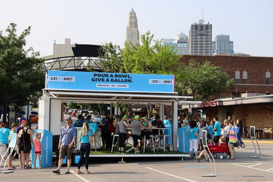 To bring the #GiveMilkMoney movement to life in Dairy Farmers of America hometown of Kansas City, custom milk money ATMs and a family-friendly pop-up experience were located in the River Market in Kansas City, Mo., where consumers could give through their social posts.