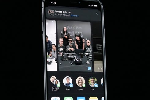 "Apple's new ""Dark Mode,"" gives a look to the iOS operating system."