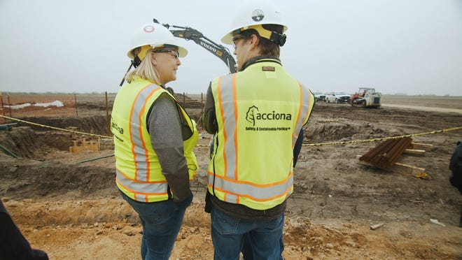 Kim Smith is the vice president of Engineering & Construction at ACCIONA.