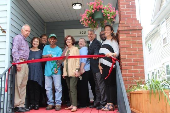 The Reformed Church of Highland Park Affordable Housing Corporation (RCHP-AHC) held a ribbon cutting to celebrate new homes for very low income families in Highland Park.