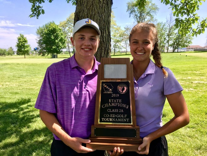 Johnston's Nathan Petrak and Taylor Sedivec shot a 75 to win the Class 2A title Tuesday in Boone.