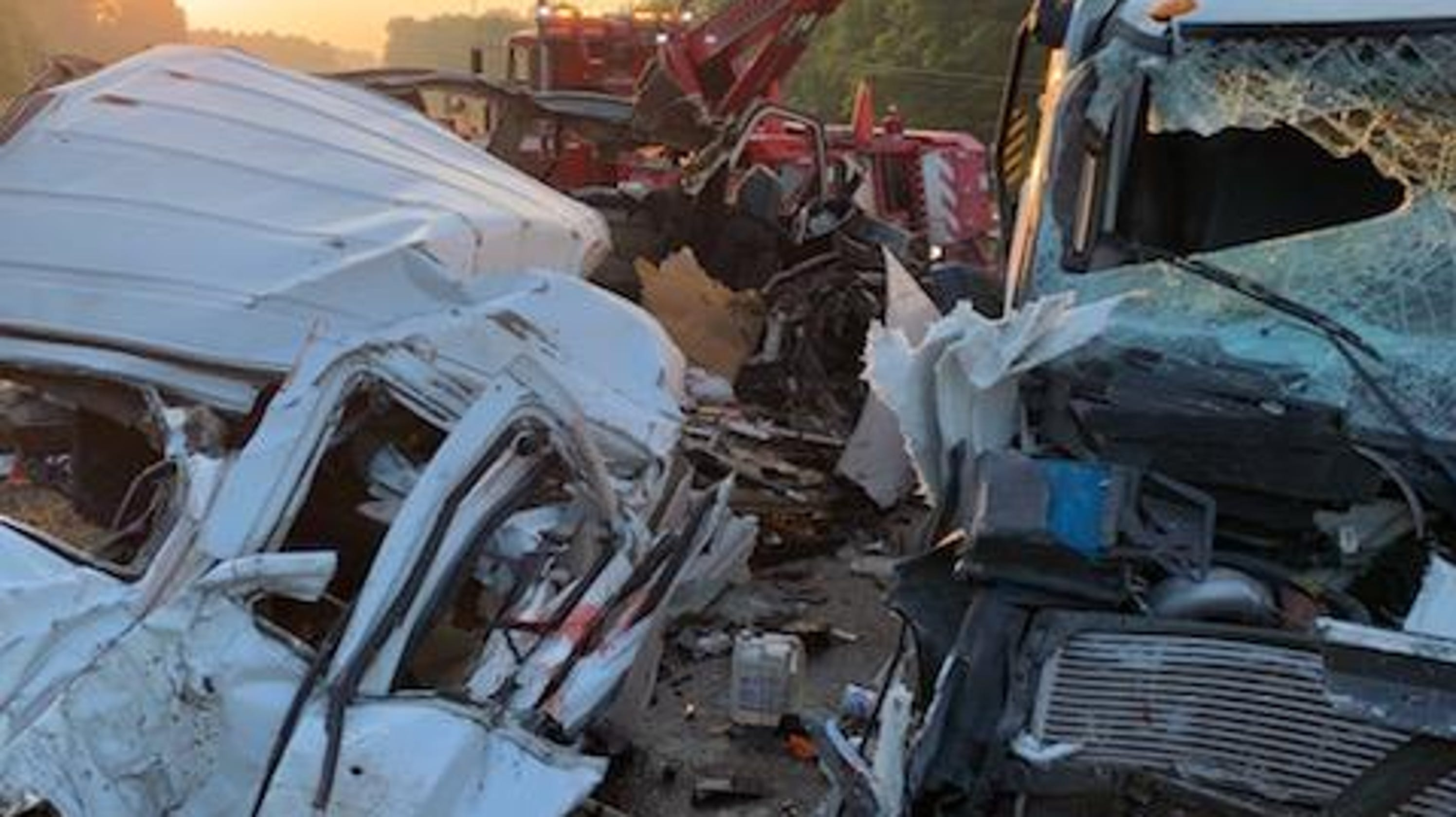 Mississippi crash: 8 killed in head-on collision