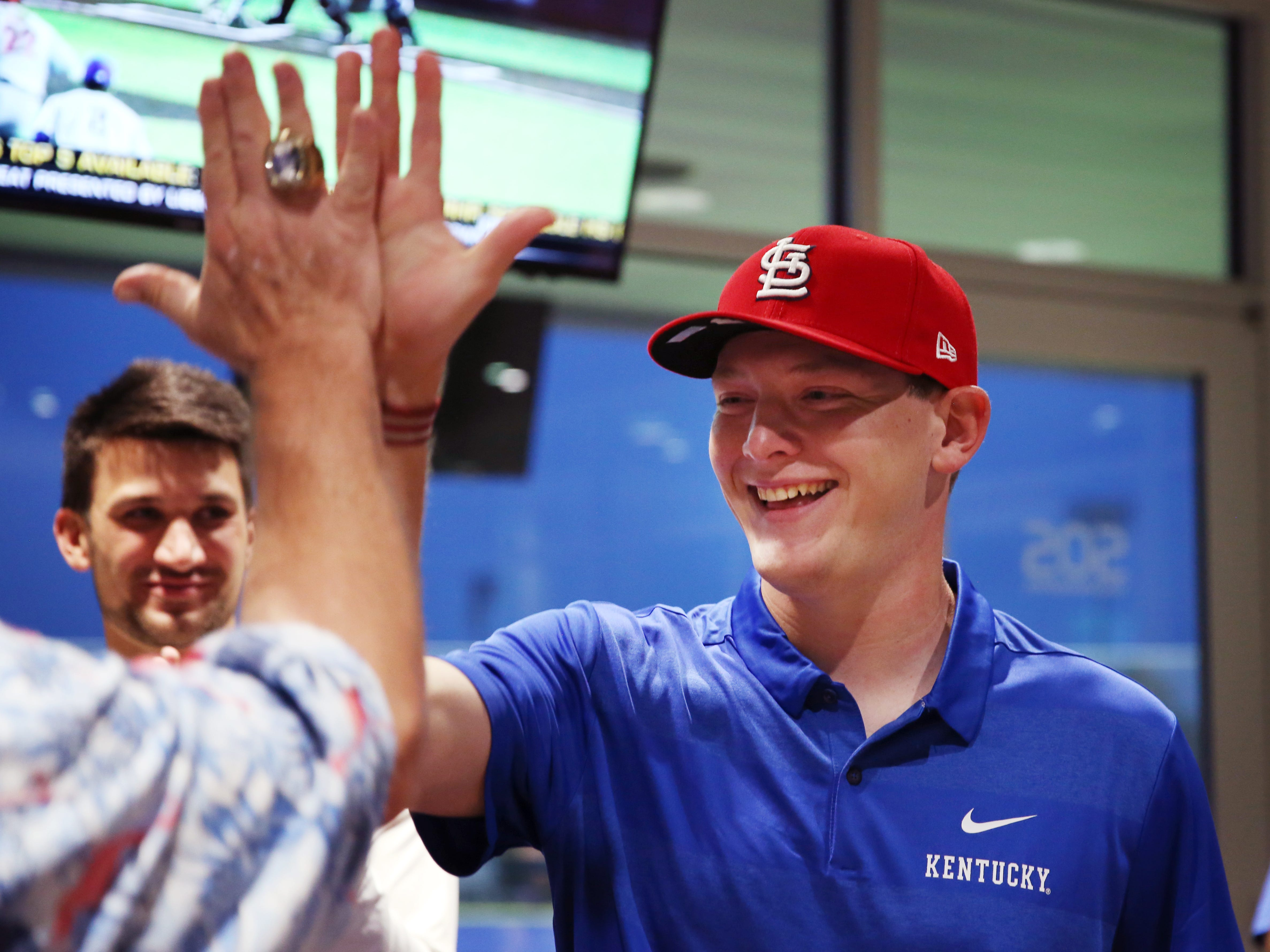 Kentucky's Zack Thompson Signs With St. Louis Cardinals