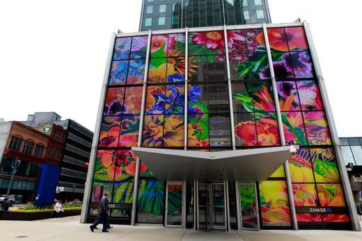Sculpture Milwaukee artist Carlos Rolón will transform Chase