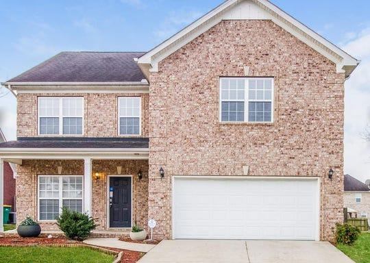 SPRING HILL: 4059 Locerbie Circle 37174