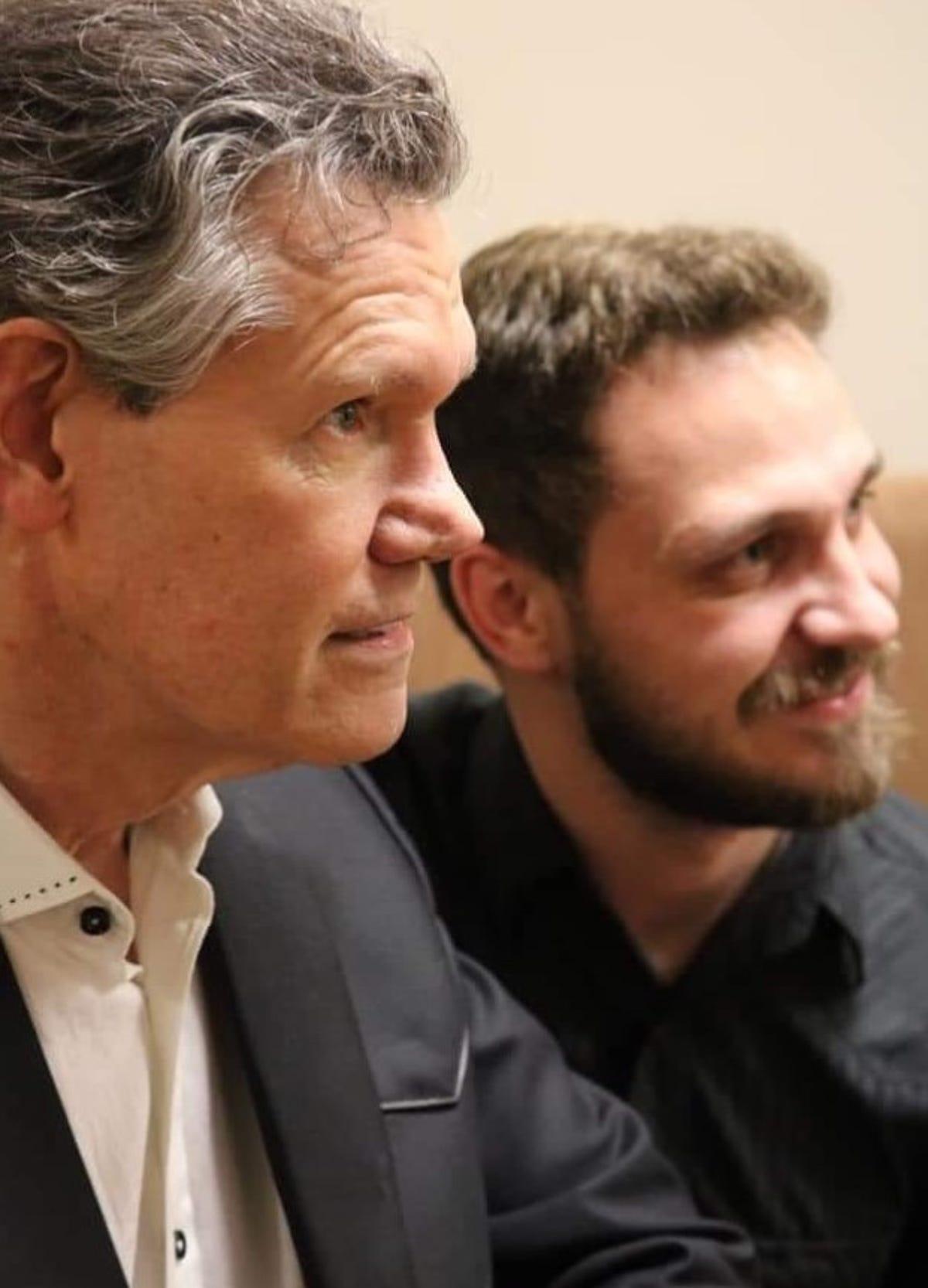 Naples Singer Offers Randy Travis An Impromptu Duet Partner