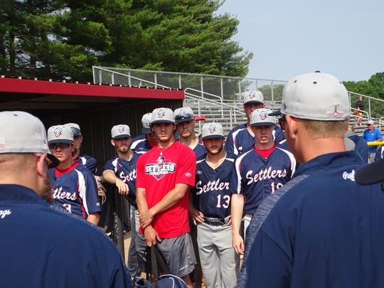 The Licking County Settlers enter Friday's action at 10-4 and are tied for first place in the South Division.