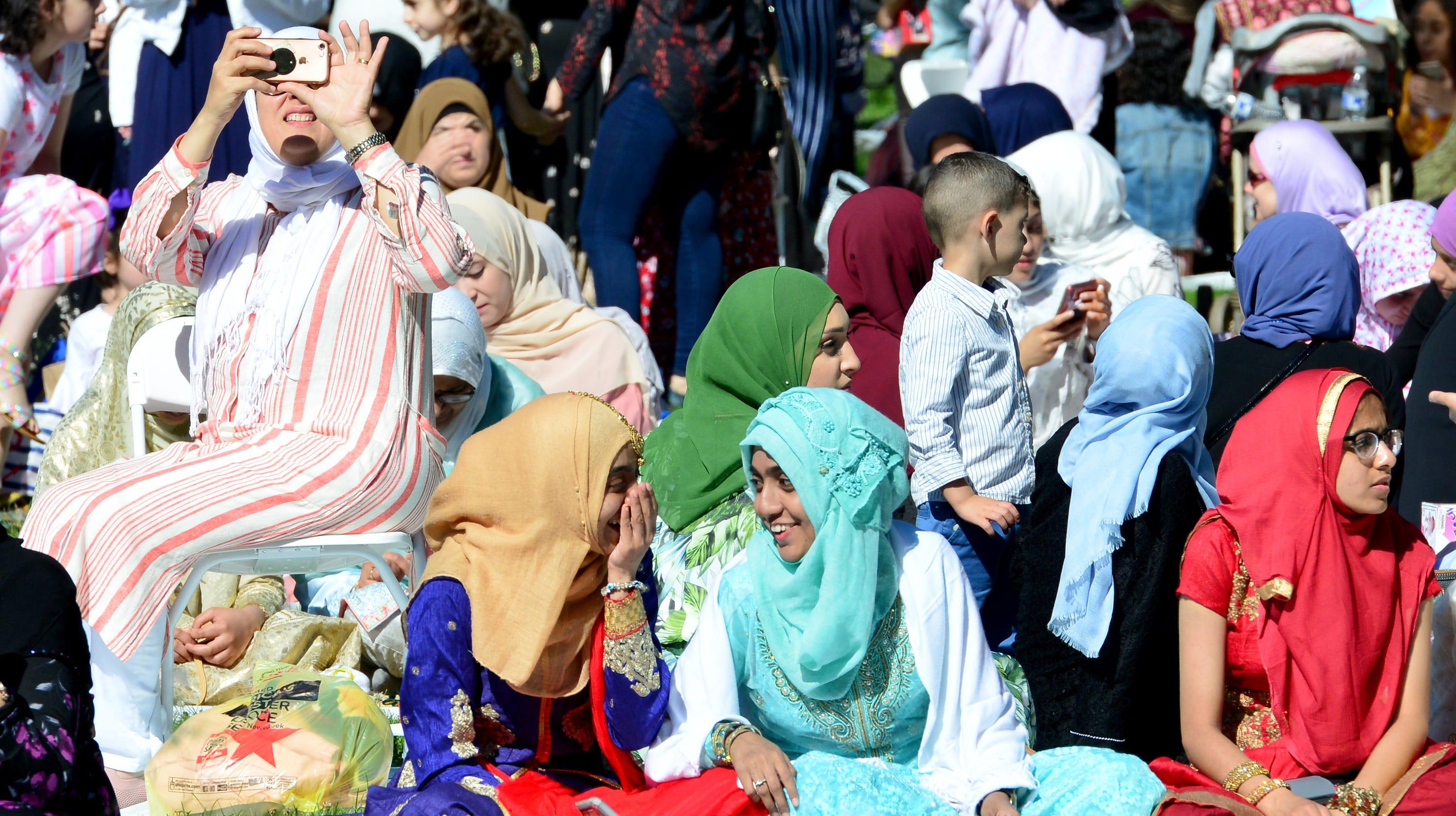 Eid al-Fitr: Muslims in NJ mark holiday with prayer, unity