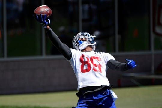New York Giants wide receiver Darius Slayton makes a one-handed catch during Day 1 of Giants minicamp on Tuesday, June 4, 2019, in East Rutherford.