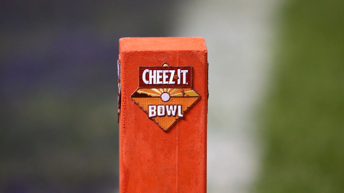 Big Ten Bowl Games 2020 21.Cheez It Bowl To Feature Big Ten Vs Big 12 Matchup Starting