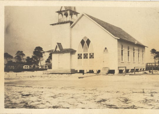The original First Baptist was in the block of 22nd Street and 16th Avenue.  On the 1913 plat for Vero, 16th Avenue was called Mohawk Avenue and 22nd Street was simply Second Street.  Assorted Baptist church buildings now cover that block.