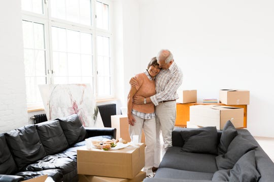 When the time comes for you to downsize your belongings, being prepared and planning ahead can help you feel more in control of the changes you're experiencing.