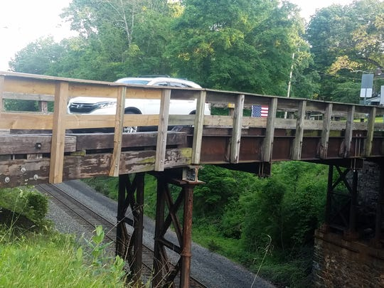 The River Road bridge over NJ Transit's Raritan Valley Line in Branchburg will be closed because of its poor condition.