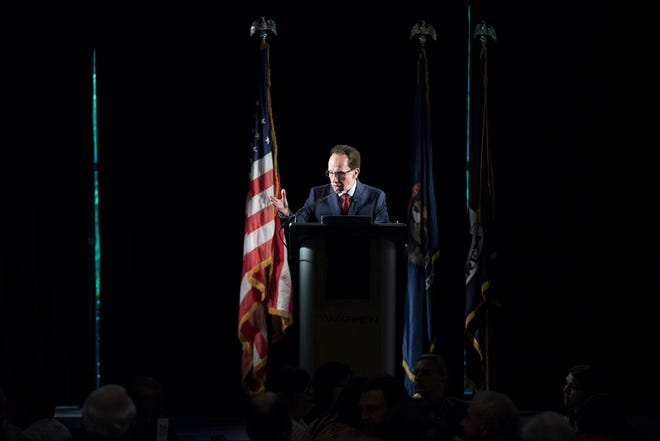 Warren mayor Jim Fouts delivers the annual State of the City address at Andiamo in Warren, Wednesday, June 5, 2019.