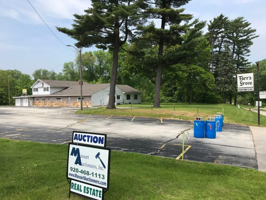 Massart Auctioneers is overseeing an online auction of Farr's Grove, 2443 Shawano Ave., that ends June 18. The restaurant's inventory, furniture and equipment will be auctioned off in a separate sale.