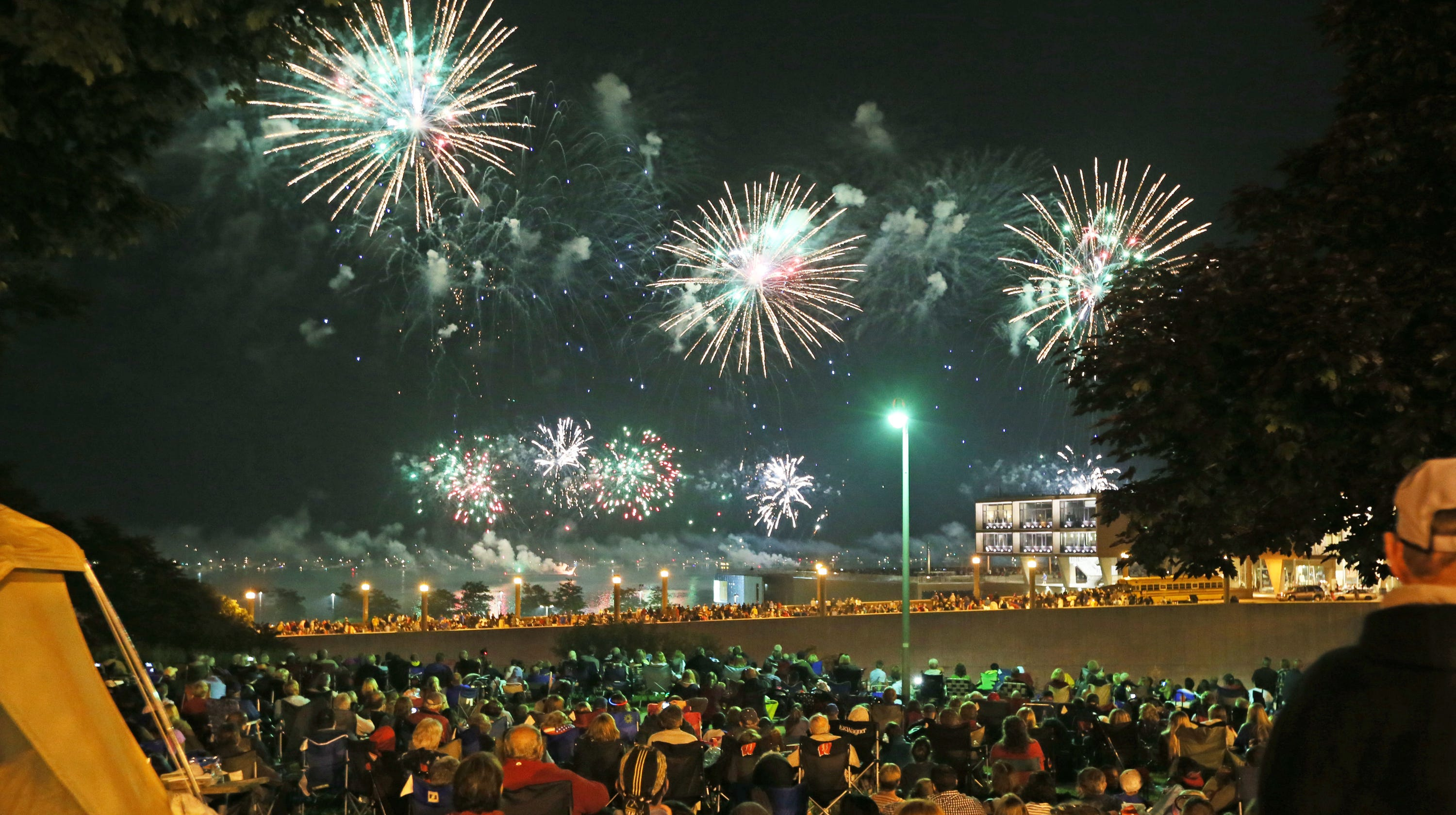 Milwaukee Fireworks: Where To Watch July 3 Display From