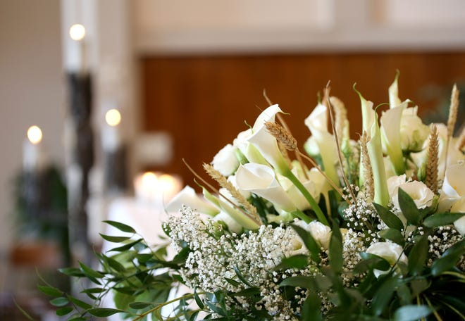 Working in funeral services can help ensure thoughtful memorials for families in grieving.