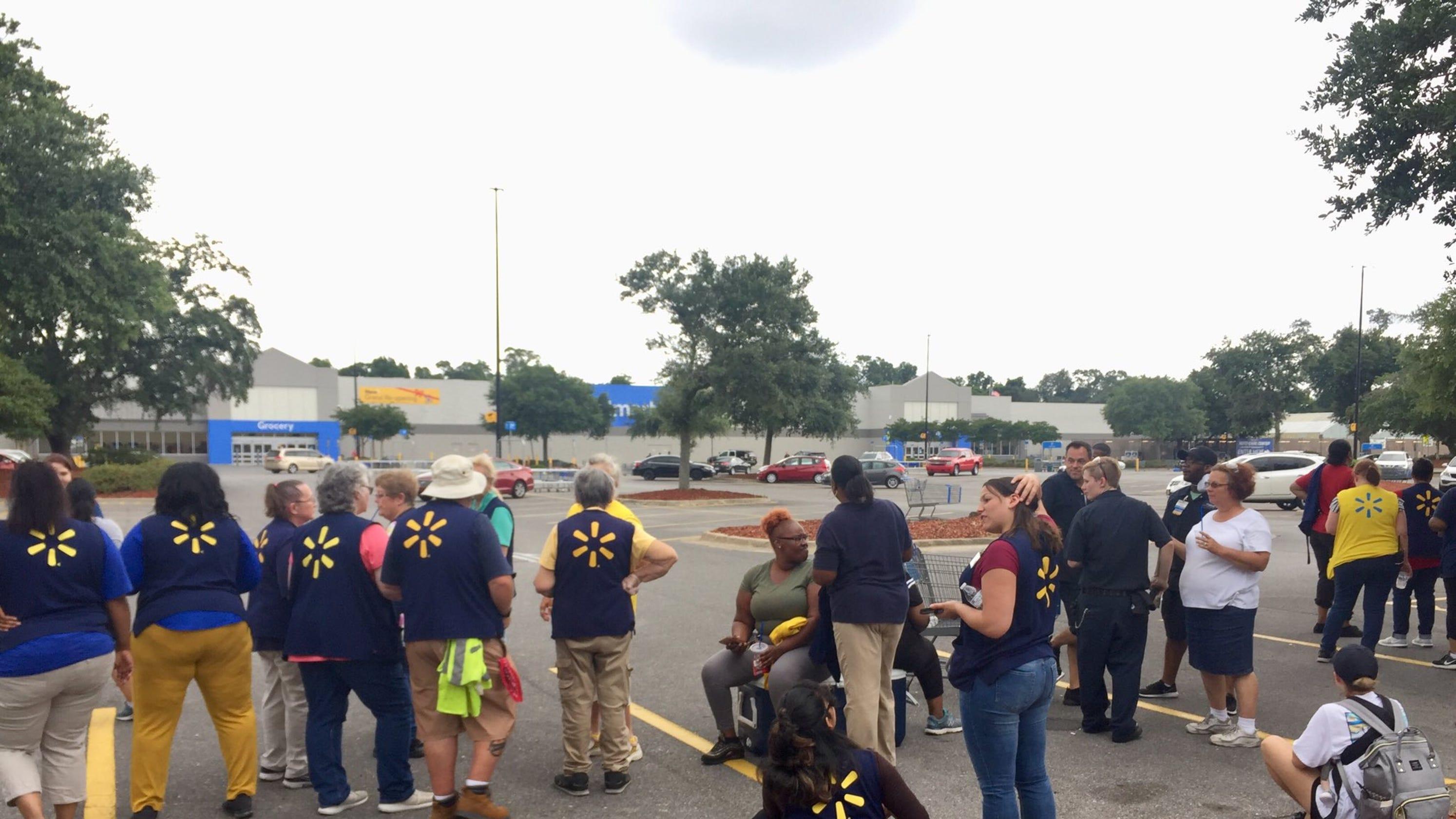 Pensacola Walmart on Creighton Road evacuated due to bomb threat