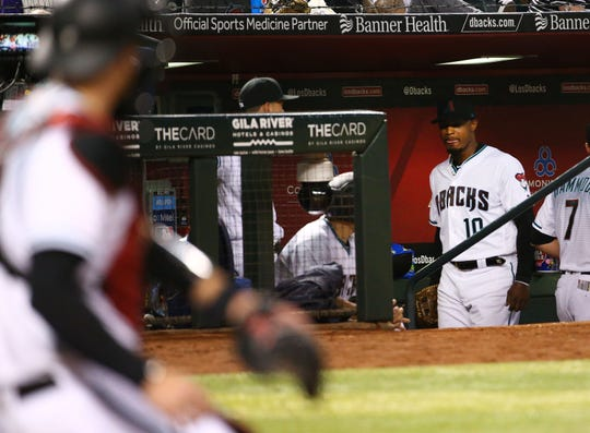Diamondbacks right fielder Adam Jones takes himself out of a game against the Dodgers during the fourth inning on June 4.