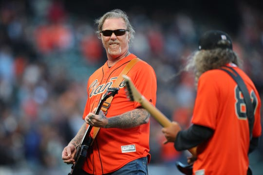 "James Hetfield, left, and Kirk Hammett, of Metallica, play the national anthem before the start of the game between the San Francisco Giants and the New York Yankees at Oracle Park. ""Width ="" 540 ""data-mycapture-src ="" ""data- mycapture-sm-src ="""