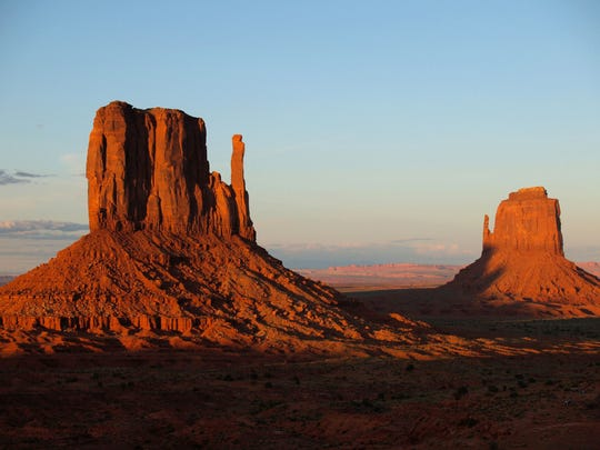 The Valley of the Gods is located north of Monument Valley across the San Juan River and has rock formations with tall mesas, towers and mushroom rocks.