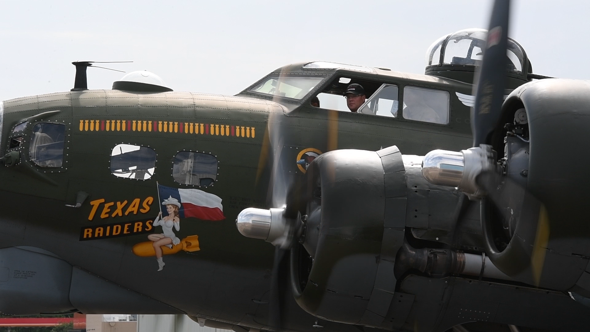 Experience the B-17 in 60 Seconds
