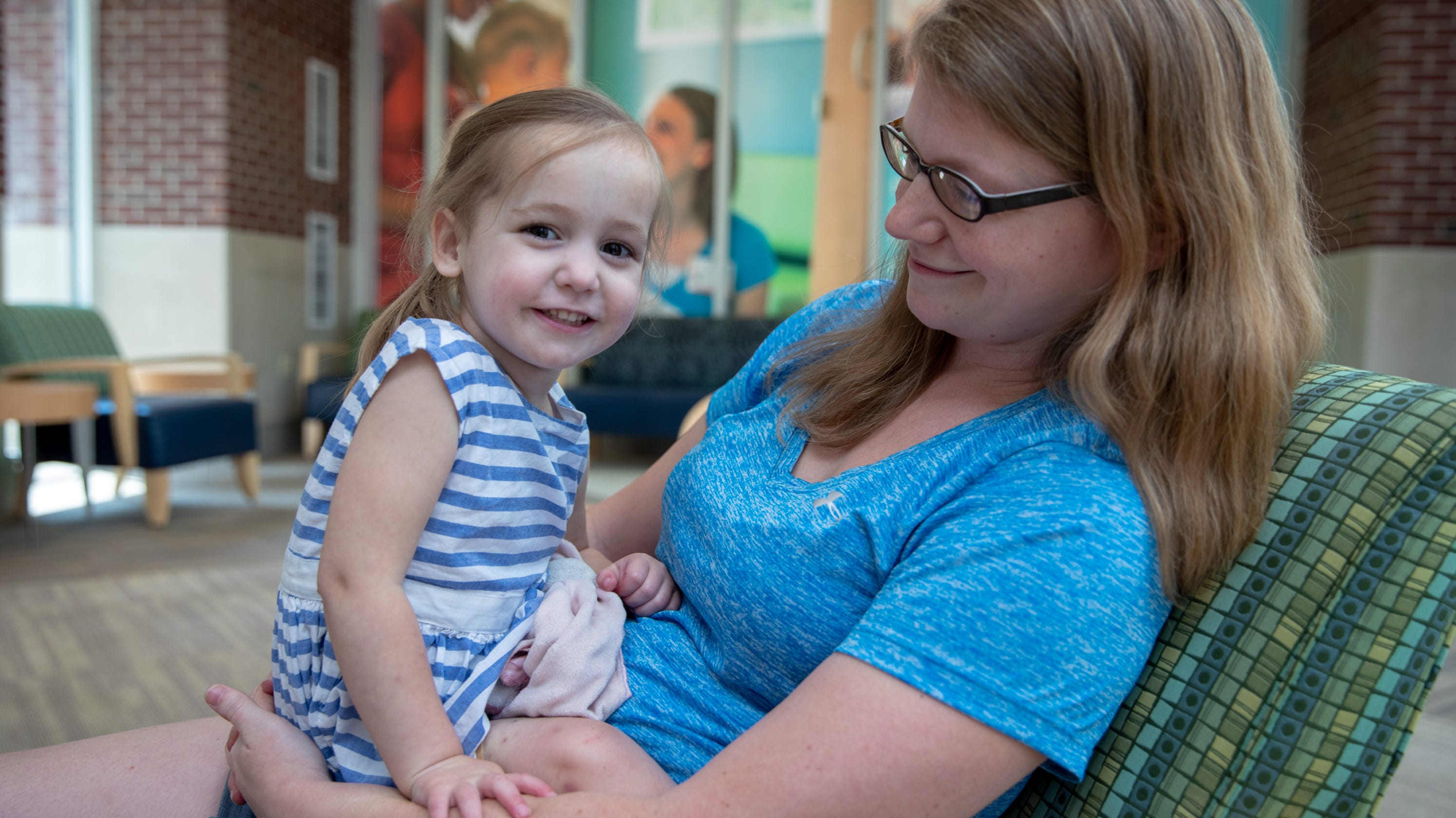 ECMO, like dialysis for the heart, saves 1000th Riley kid