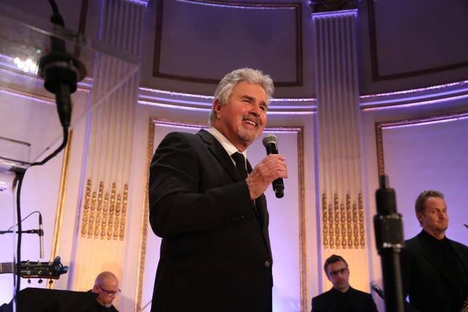 Steve Tyrell performs with his band on Oct. 20, 2016, in New York City.