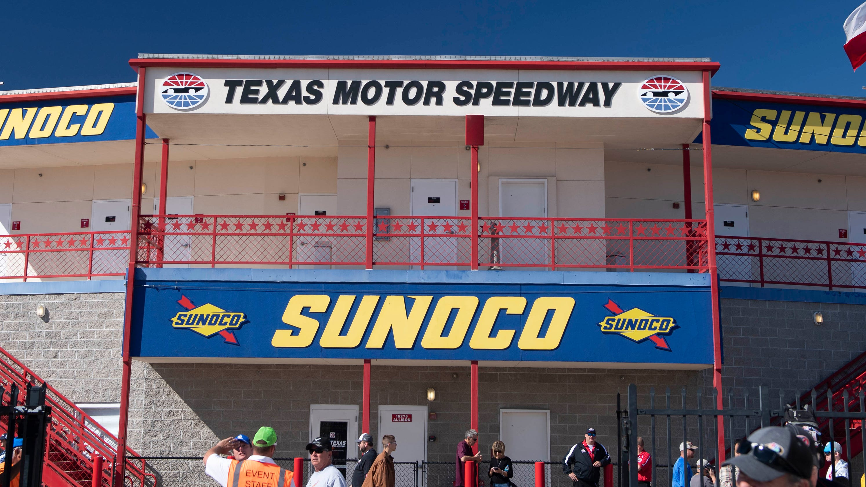 NASCAR race at Texas Motor Speedway could draw over 60,000 fans as coronavirus ravages state