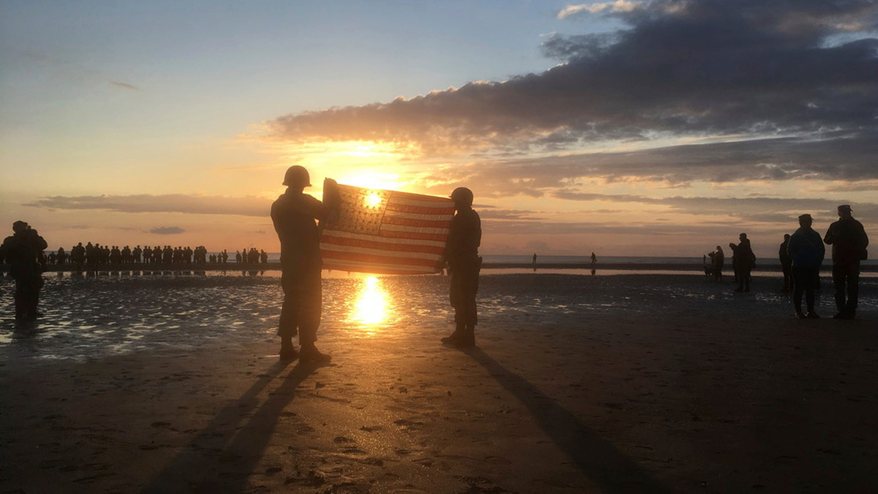 D-Day commemorations mark 75th anniversary of WWII ...  D-Day commemora...
