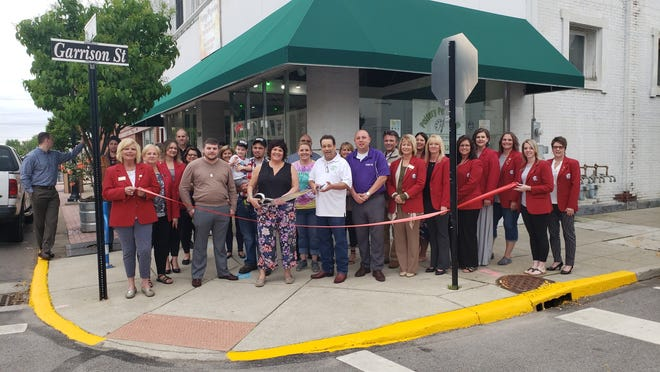 Pottery Perfection hosts ribbon cutting Wednesday.