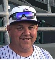 Shane Folsom baseball coach of Sabino