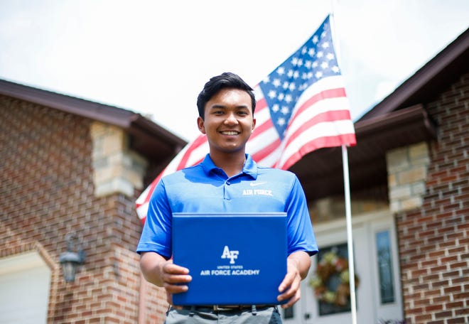 Kickapoo graduate John Robert Snider was accepted to the U.S. Air Force Academy.