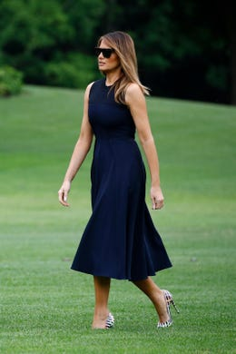 14c09f66bf5f First lady Melania Trump returned to Washington with President Trump after  stepping off Marine One on