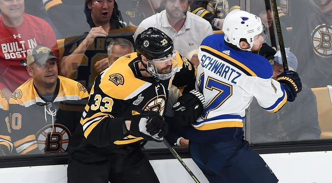 Stanley Cup Finals Zdeno Chara Plays Game 5 After Facial Injuries
