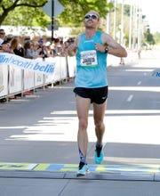 Jared Ward of Salt Lake City, Utah, won the Bellin Run on Saturday morning.