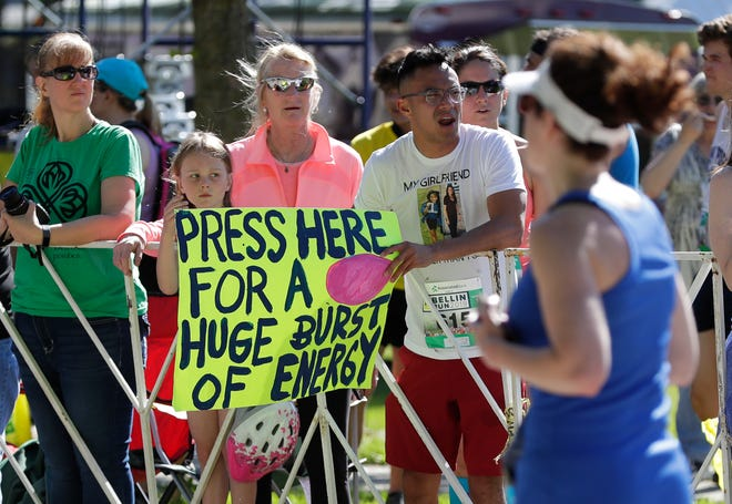 Supporters cheer on Bellin Run participants on June 8, 2019 in Green Bay, Wis. Sarah Kloepping/USA TODAY NETWORK-Wisconsin