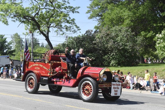 An old Sauk Rapids Fire Department truck is displayed June 8 during the Granite Logistics Parade at Sartell SummerFest.