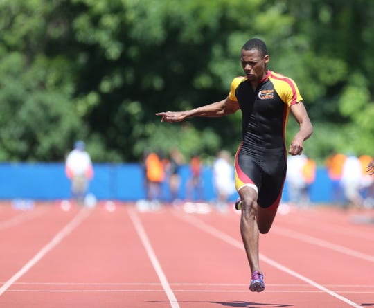 Track: Scarsdale, Bronxville relays, Alex Rizzo win state titles