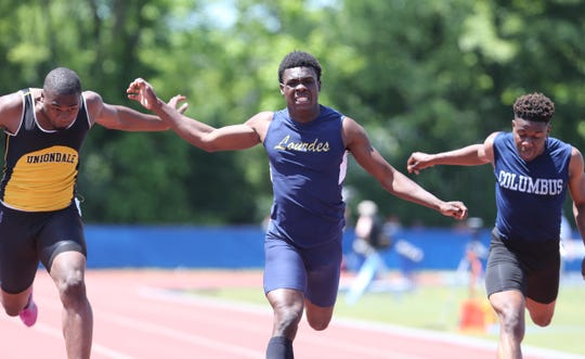 Lourdes' Jaheim Jones competes in the 200-meter dash at the NYSPHSAA Track & Field Championships ar Middletown High School in  Middletown on Saturday, June 8, 2019.