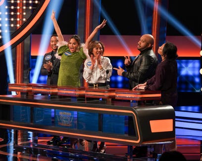 Team Teigen/Legend left to right: John Legend, Chrissy Teigen, Pepper Teigen, Ron Stephens II, and Tina Teigen