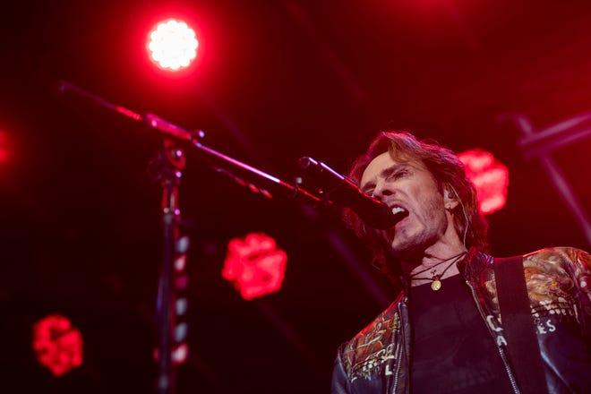 Australian Rocker Rick Springfield will headline Sherman's Lights on the Lake concert this weekend at Pecan Grove Park.
