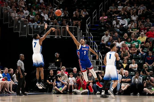 Cathedral Armaan Franklin (7) shoots the ball as Kentucky's Isaiah Cozart attempts a block during the Indiana All-Stars vs. Kentucky All-Stars game, Saturday, June 8, 2019, at Bankers Life Fieldhouse, Indianapolis.