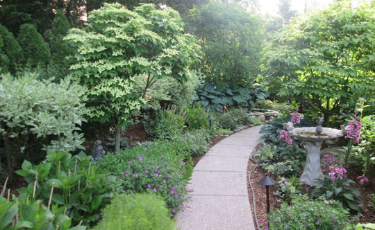 Grosse Pointe Garden Tour