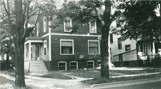 The Moon House at 108-110 MLK Jr. Blvd. in 1943.