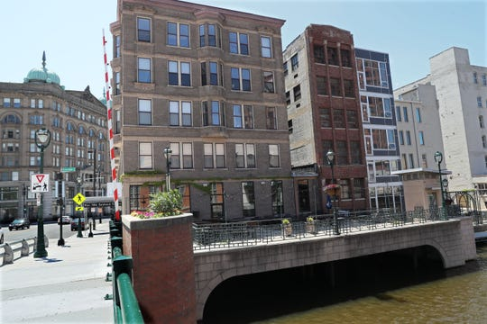 The Cawker Building's basement is flooded, which forced tenants Pier 106 at 106 W. Wells St. and Brunch at 800 N. Plankinton Ave. to close temporarily.