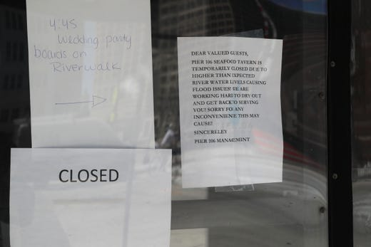 Riverwalk Restaurants Close Because Of Milwaukee River Flooding